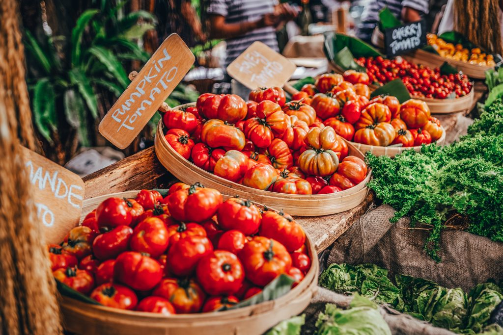 Taste locally grown fresh fruits and vegetables year-round while enjoying live music and great weather.