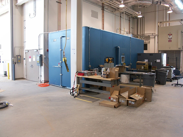 Large environmental chamber for hot/cold/humidity testing in vaulted area