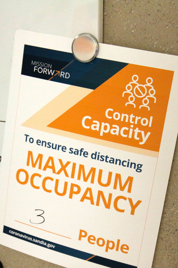 max occupancy sign outside lab