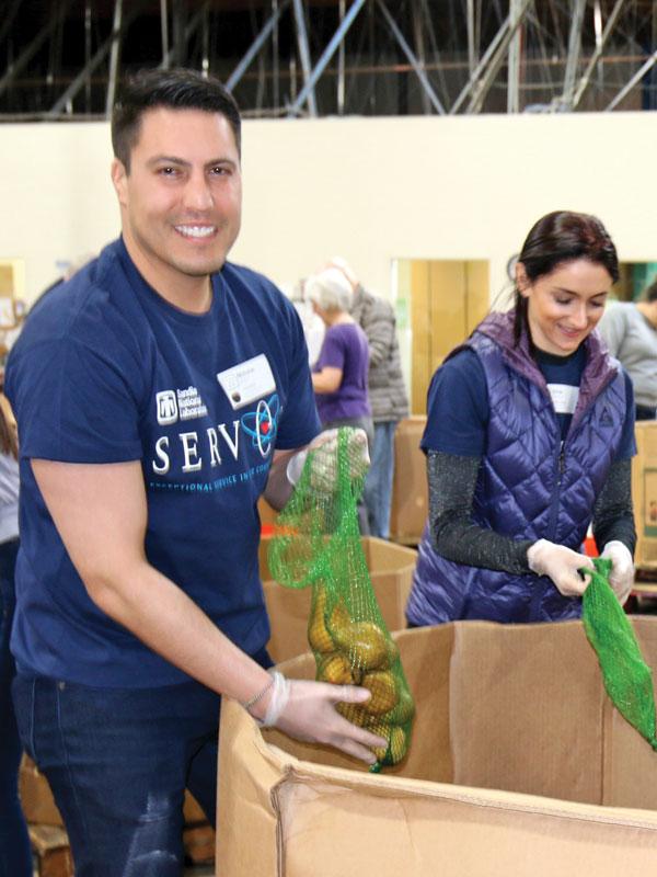 food bank volunteers