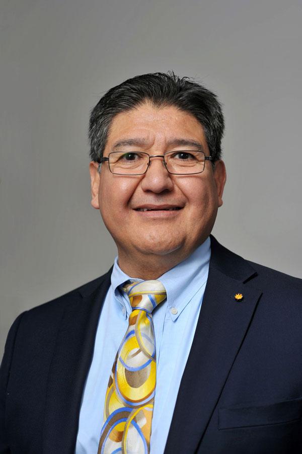 Gil Herrera portrait