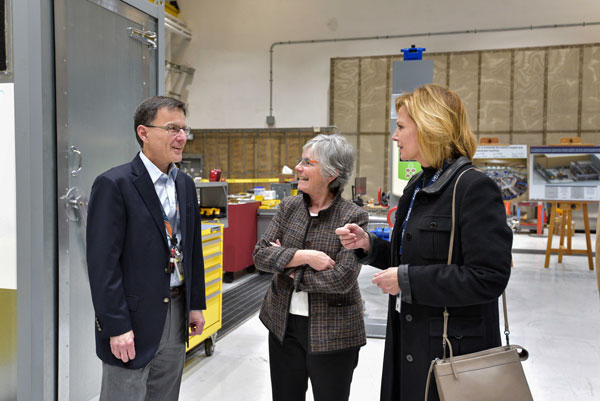 Lisa Gordon-Hagerty talks with Sandia executives