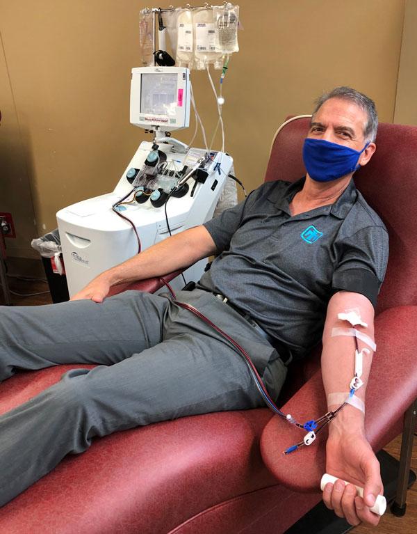 Don Lifke donates plasma