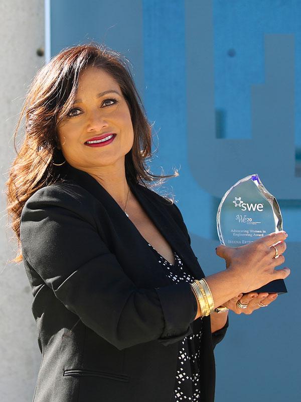 Ireena Erteza holding her SWE award