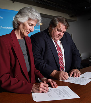 Sandia inks pact with Fire and Rescue Training Authority
