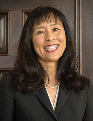 Jacqueline Chen inducted into Alameda County Women's Hall of Fame
