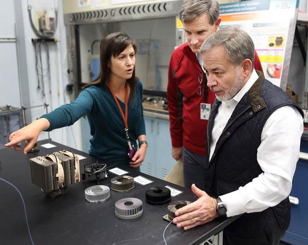 Dan Brouillette visits Sandia's Combustion Research Facility